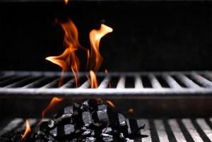 Grill mit Feuer